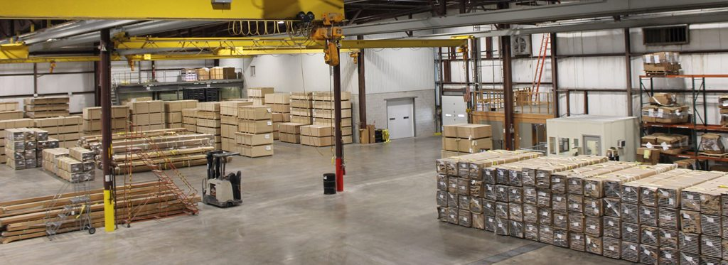Distribution services in a warehouse
